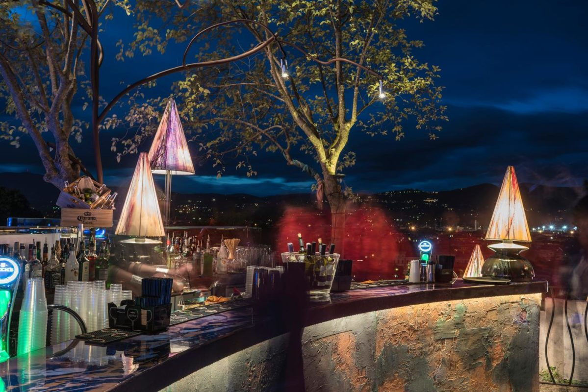 Awesome Aperitivo Terrazza Excelsior Firenze Images - Home Design ...